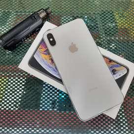 iPhone Xs Max 64Gb Silver Resmi Ibox indonesia Garansi panjang