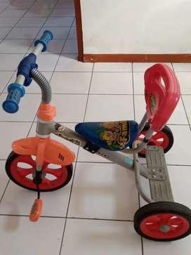 Dijual sepeda familly roda 3