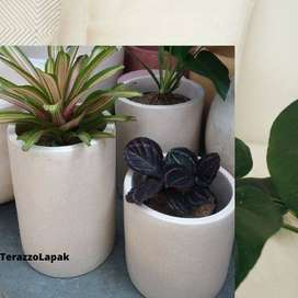 Pot Type Bulat Minimalis Dekorasi Rumah Handmade Terazzo