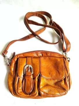Tas Selempang kulit Tough Mini Tan Sling bag cross body