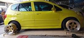 Di jual ,Honda Jazz vtec sporti,nego...thn 2007 ,manual warna kuningon