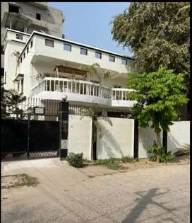 2800 SQ FEET , READY TO MOVE HOUSE IN PC COLONY KANKARBAGH