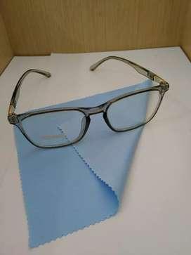 Frame Kacamata Model Kotak Warna Putih Bening Cocok Buat Wanita