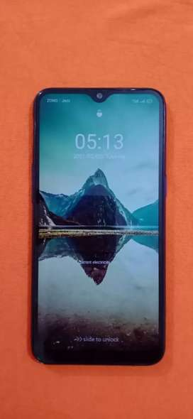 realme 3 4 - 64 with box charger