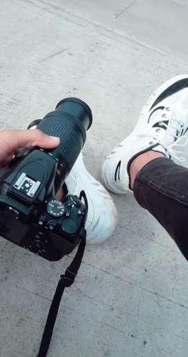 Nikon D3500 with full kit