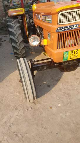 I sell my tractor model 2012 in good condition driven about 1500 km