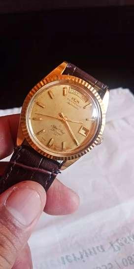 Jam tangan emas Technos automatic