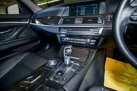 BMW 528i Tangan Pertama KM rendah