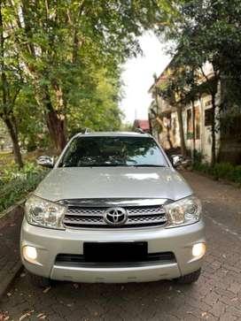 Jual CASH! Toyota Fortuner G 2.5 AT 2009 Mulus pajak panjang