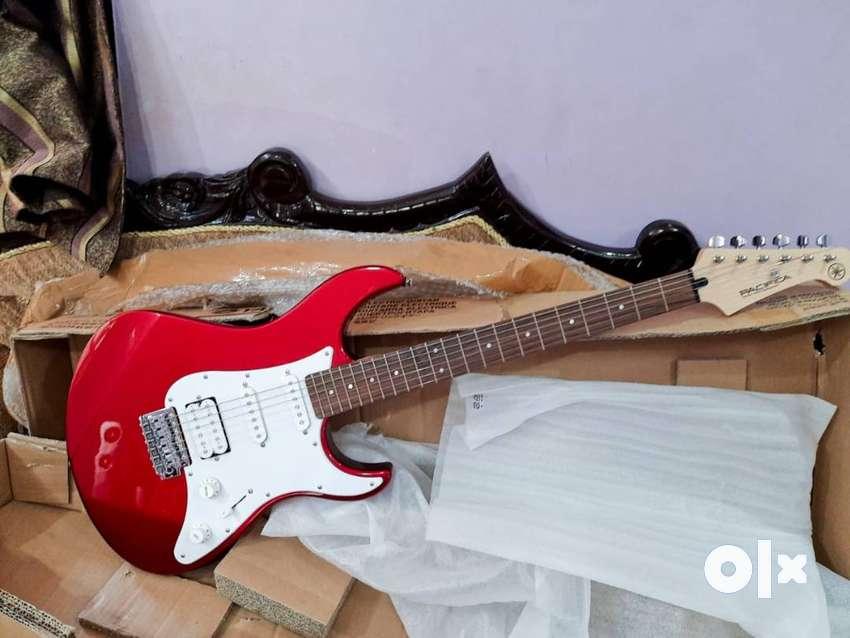Yamaha PAC012 Electric Guitar Red Metallic 0