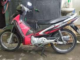 Sepeda motor honda supra x 2006