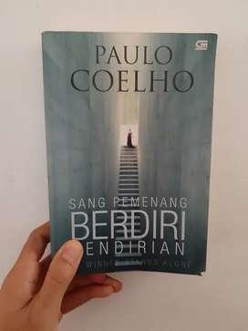 Sang Pemenang Berdiri Sendiri - Paulo Coelho