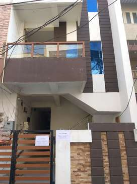 Hi frnds well furnished P.G available for girls in lower cost