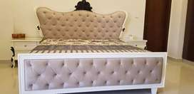 MASTER BED WITH 2 SIDE TABLES AND DRESSING TABLE