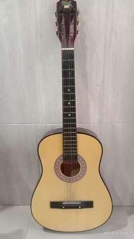 Gitar kapok mulus jarang dipake