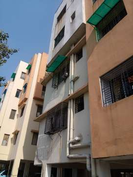 3BHK semi furnished flat for sale in Eden tolly Lake side