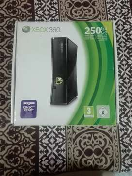XBOX 360 with 250 GB (JTAG) with original handle&Accessories.