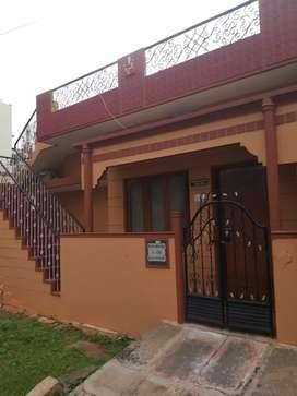 18.40 south east house sale kuvempu nagara near complex all areas av