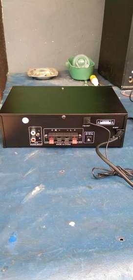Jual Power amplifier merk Fleco Ak805bt.