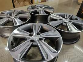 "16"" Hyundai Verna fluidic 1.6 OEM Alloys diamond Cut set of 4"