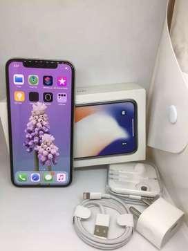 iPhone X 256gb ( silver colour )