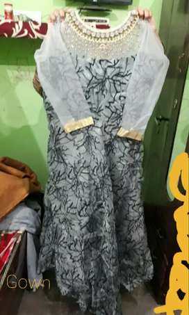 Silver Colour Party wear Gown 1 time Used New Look Selling in Rs.1200