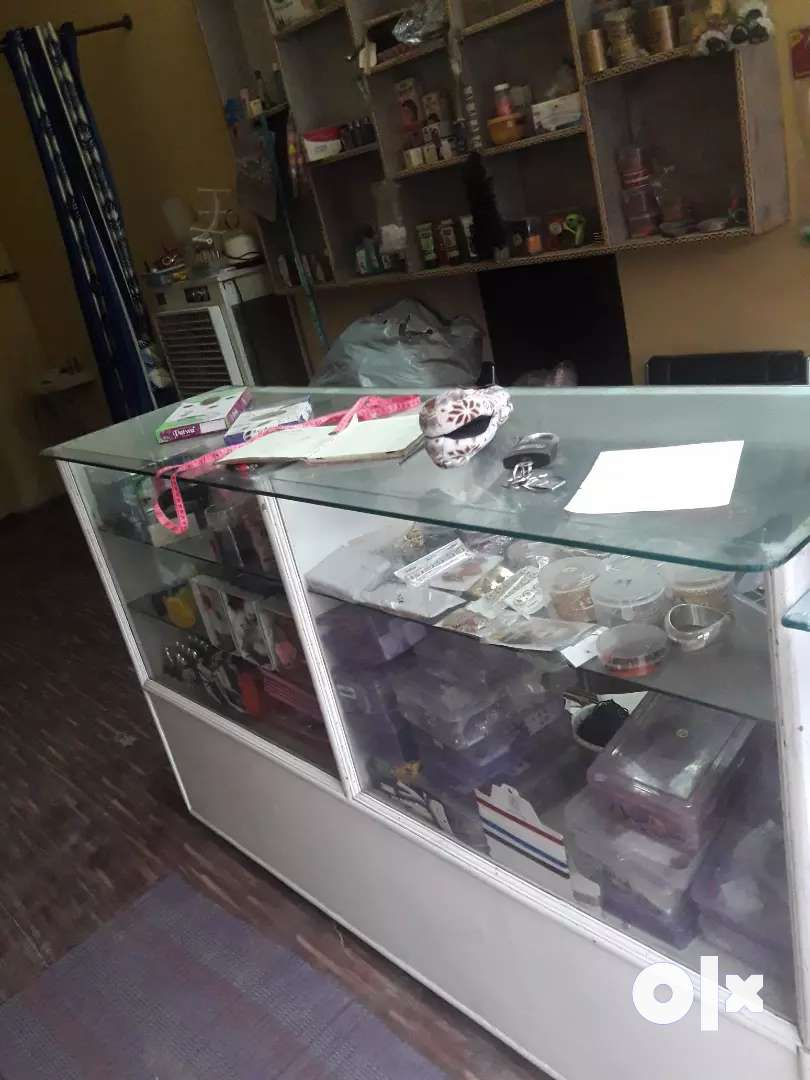 Shop counter 0