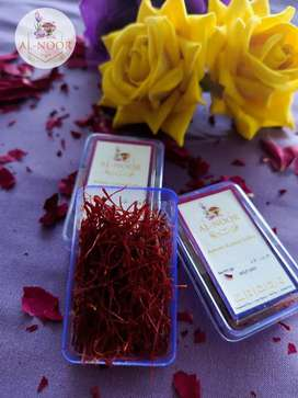 Authentic kashmiri saffron