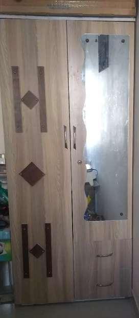 Wardrobe 3door (wooden)