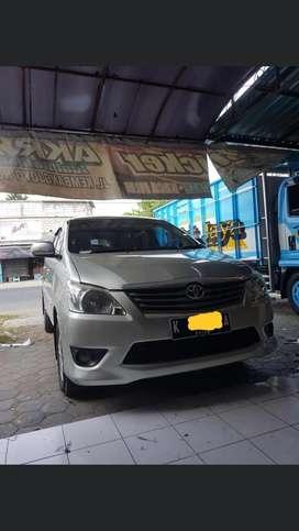 Innova diesel 2012