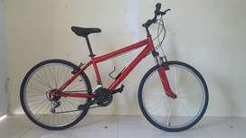 Sepeda MTB dengan ban Aspal /hybird bagus