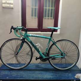 Bianchi Via Nirone 7 C2C Alu HYDRO- Bicycle
