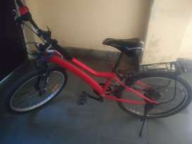 3 year old cycle metal is very strong 6 gear also up down seat