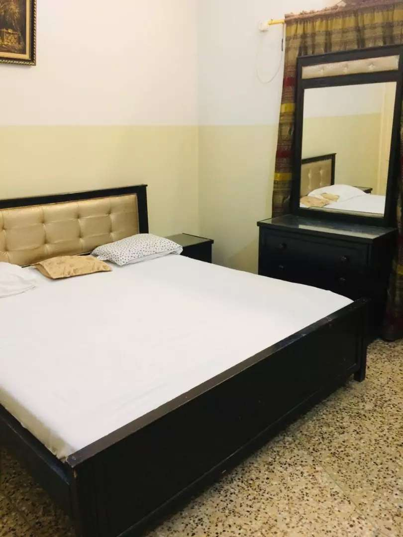 Karachi airport model guest house rooms available for family company 0