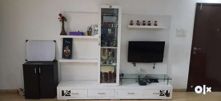 TV unit made of wood modren and rich look