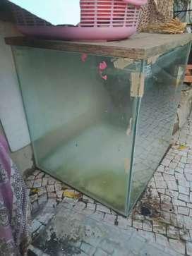 Fish aquarium 2pce.