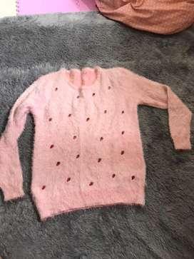 Sweater bulu halus