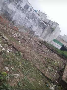 Ready to move location plot 1500sq ft 150 mtr by highway  negotiable
