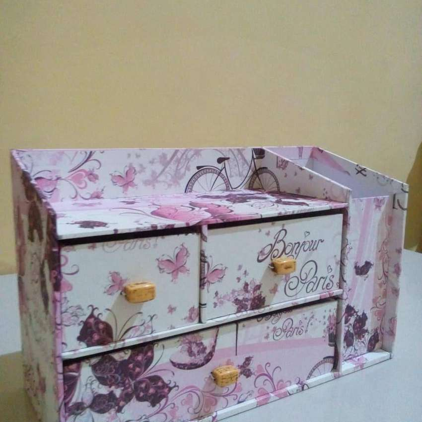 Kotak laci 3+pencil 0