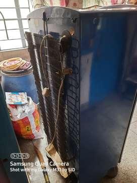 Kelvinator 220 L refrigerator
