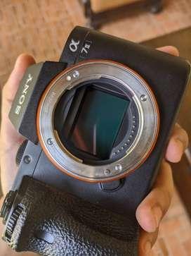 Kamera mirrorless sony A7ii A7 ii Body Only