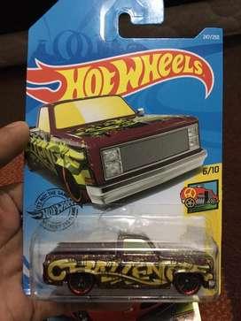 Hotwheels '83 chevy silverado