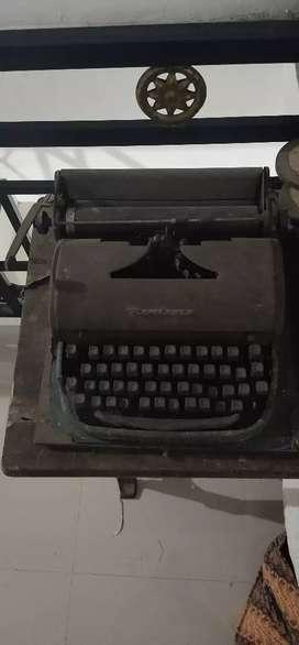 mesin tik asli zaman old