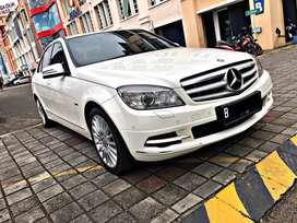 Mercy C300 AVG 2010 white on brown LoW KM
