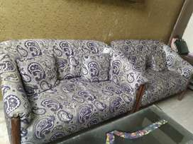 Sofa set for sale without table