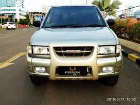 Isuzu panther  Touring Manual 2002