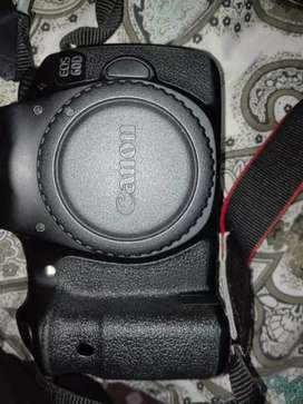Canon 60d with 18-55 kit lens and bag
