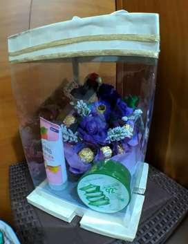 Parcel Model Pot Coklat Buket + Bunga Gift/kado/Hantaran