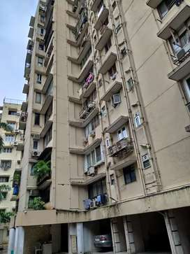 Sale of 1 BHK in breach candy at 2.60cr near breach candy hospital
