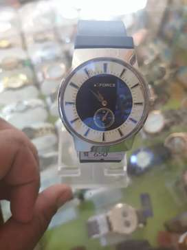 New watch for sale force coy .beautiful wacth